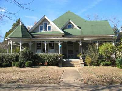 410 South Main Avenue, Demopolis, AL 36732