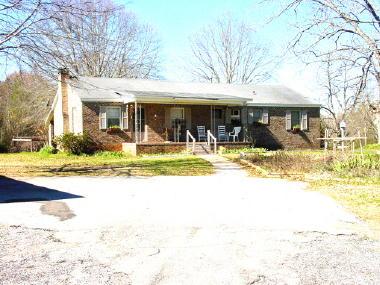 111 Graham Street, Marion, AL 36756