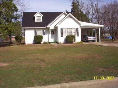 1319 Edgewood Drive, Demopolis, AL 36732