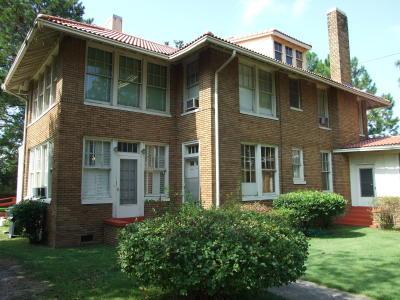 408 S. Washington Street, Livingston, AL 35470
