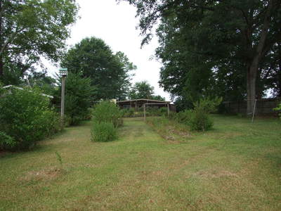 616 Washington Street, Livingston, AL
