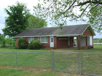 Perry County Brick 3/1 house