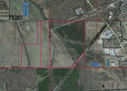 Ranch – Industrial Property in City