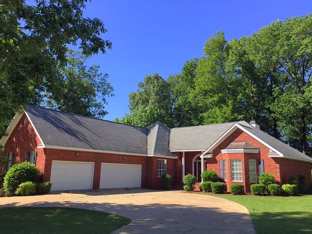 1408 Forest Brook