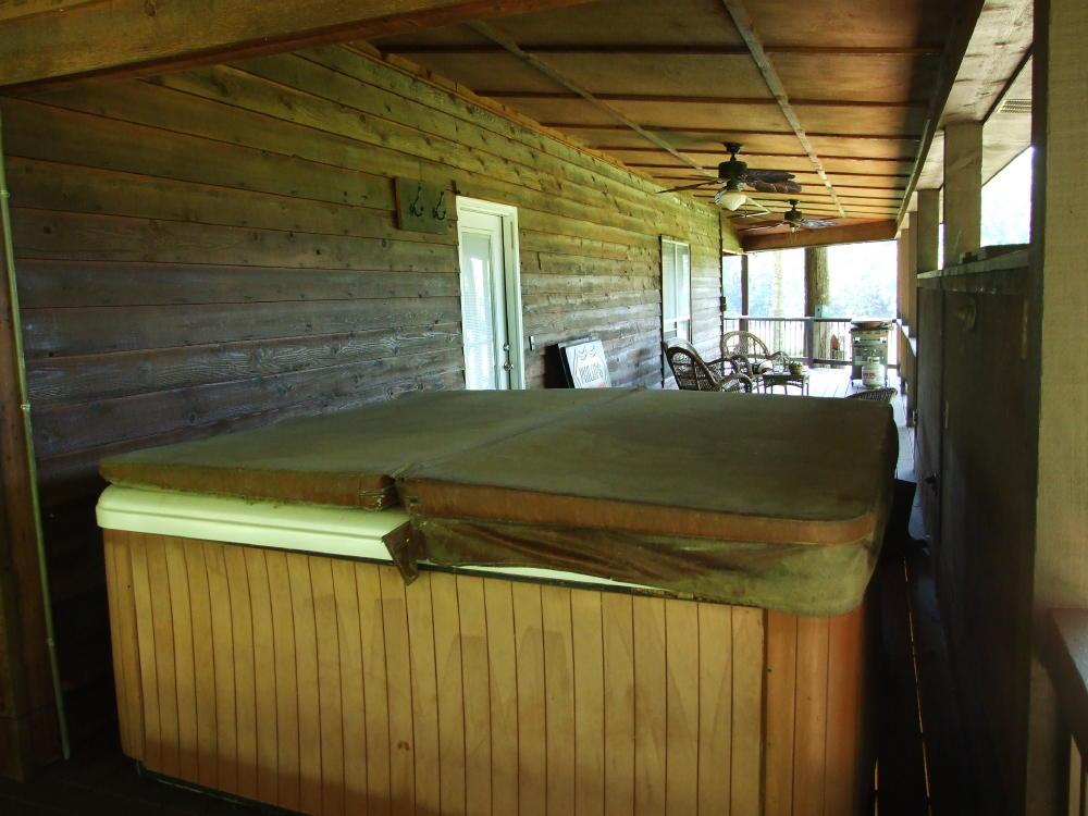 695 Cypress Cove